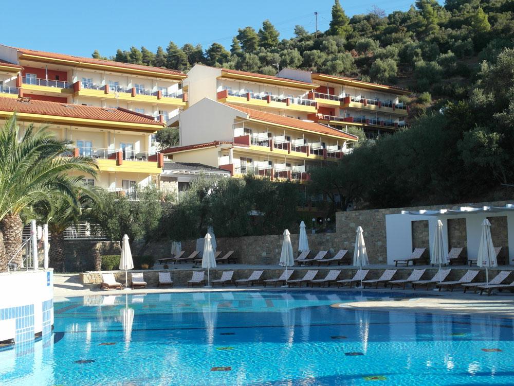 Urlaub im Hotel Lagomandra Hotel & Beach